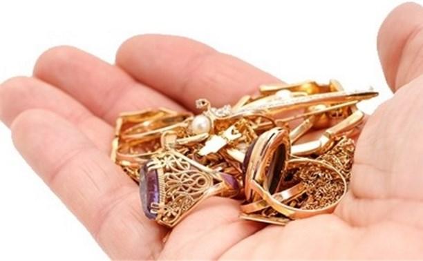 50f840002bf6 Полиция Комрата раскрыла преступление в течение суток  За кражу золотых  изделий женщине грозит лишение свободы на срок до 2-х лет