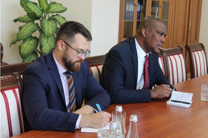 Вице-премьер по реинтеграции обсудил с послом США планы по совместным проектам правого и левого берегов Днестра