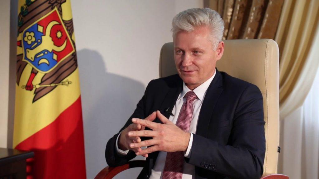 Председатель Высшего совета магистратуры Виктор Мику отправлен в отставку