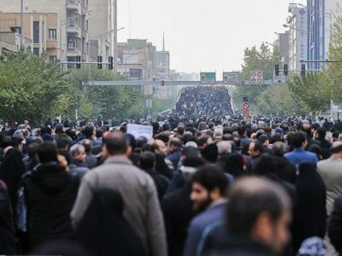 В Тегеране на несколько часов задержали посла Великобритании, который участвовал в акции памяти погибших при крушении «боинга»