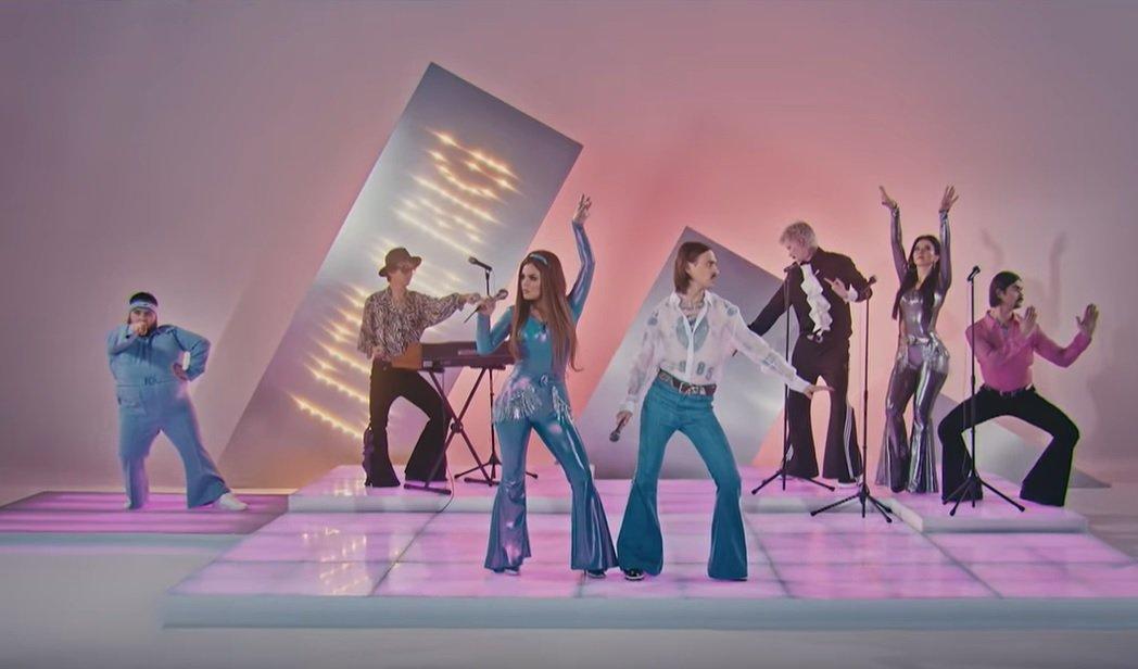 (ВИДЕО) Группа Little Big представила песню для «Евровидения»